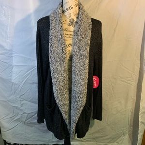 Sweater with Fur around Neck and down front